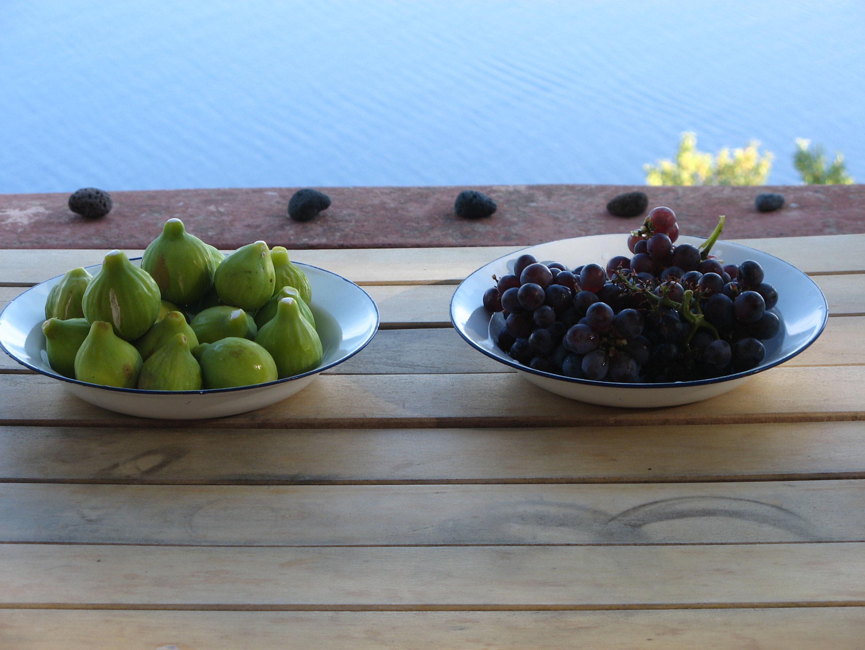 Alicudi-Insel-frische Früchte