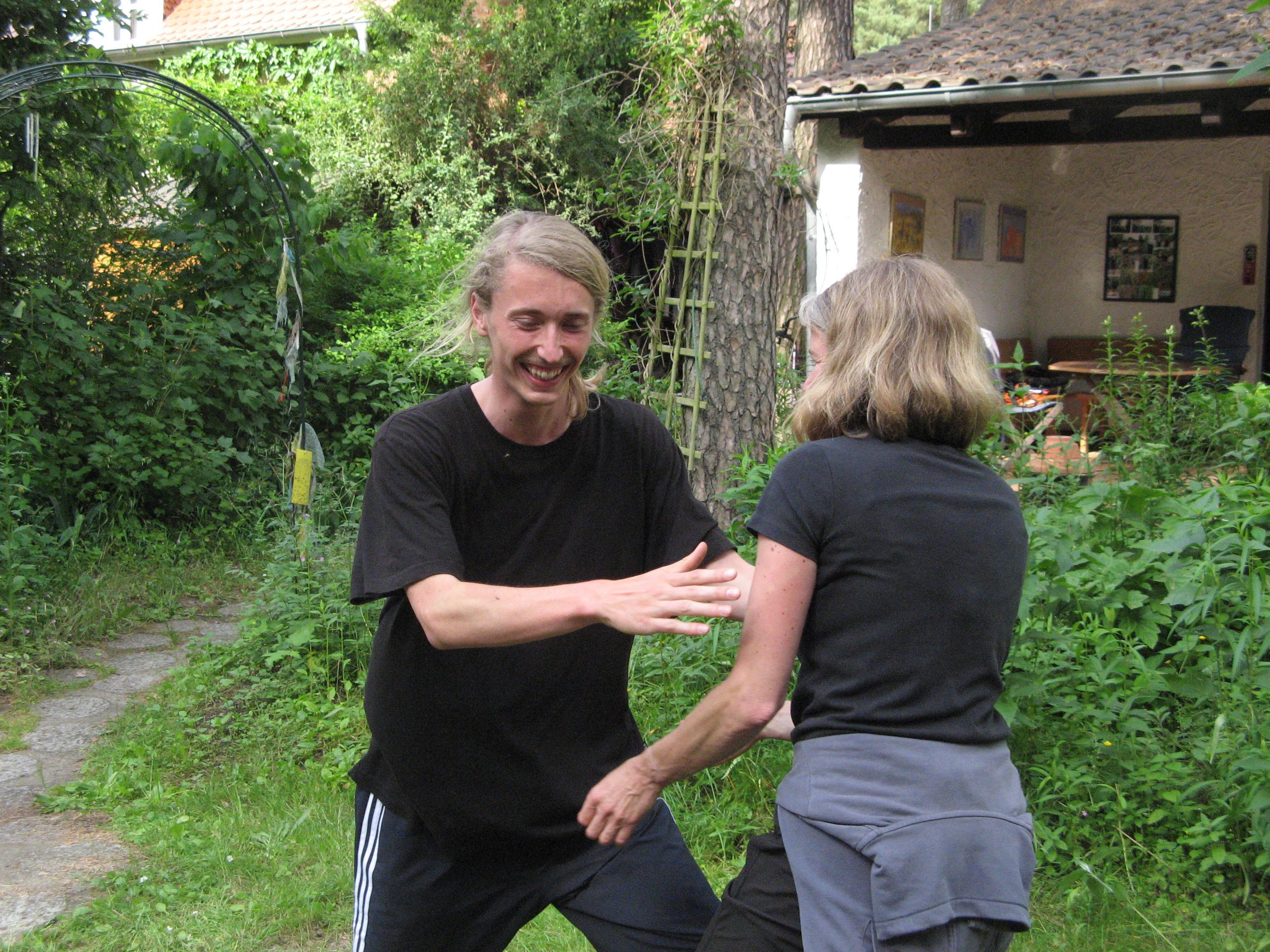 Berlin-Tai Chi push hands 20